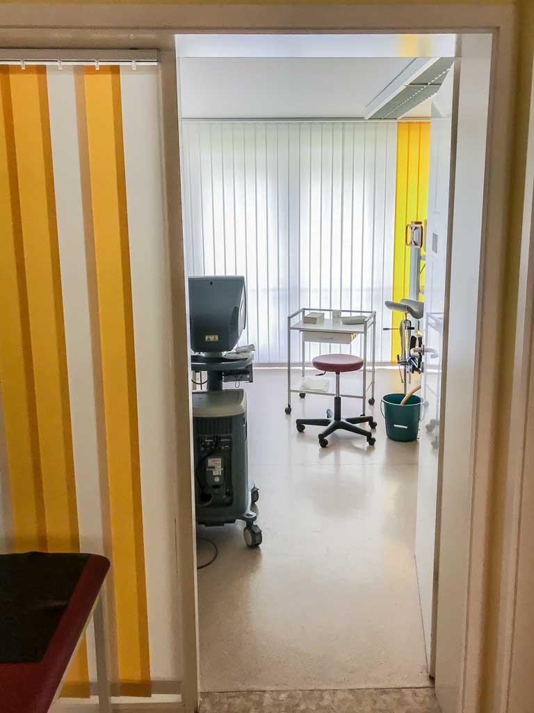 Urologie-Ivanov-Behandlungszimmer